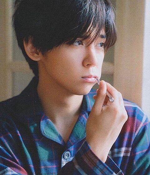小瀧望は雑誌のファインボーイズの表紙に載ったことがある?